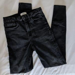 Highrise Black Washed Jeans